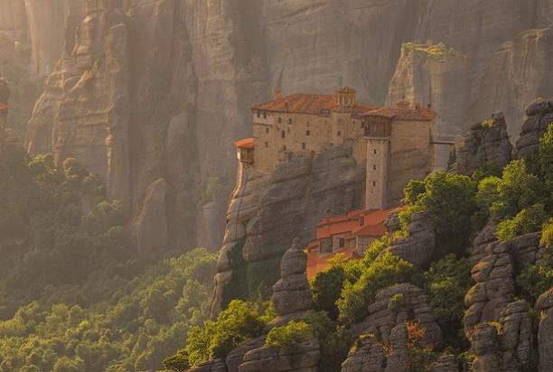Monastery_c_Meteora_Greece