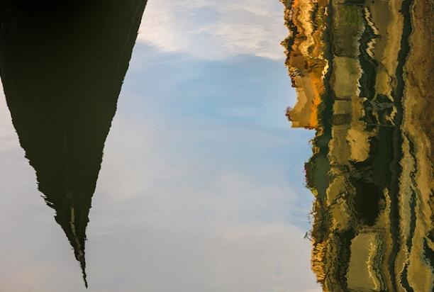 Venice_Italy_gondola_reflection_1267
