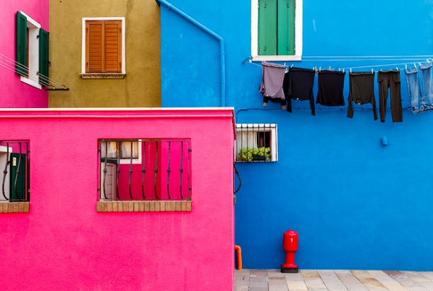 colorful_house_burano_italy_1145