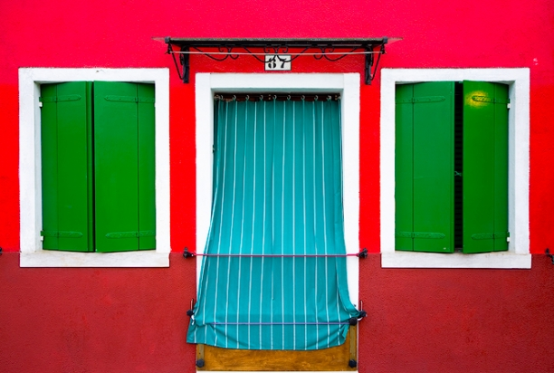 colorful_house_burano_italy_577