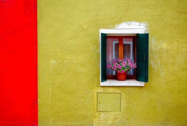 colorful house burano italy