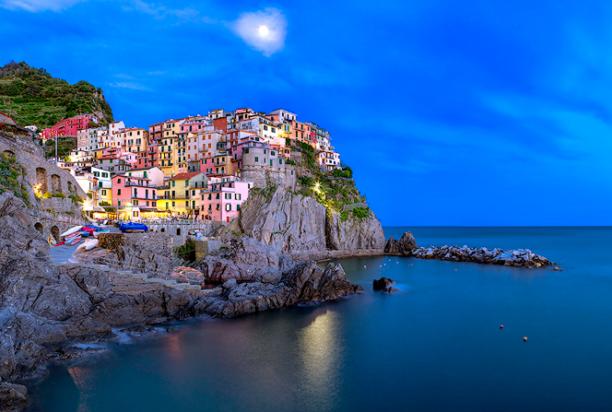 Manarola_Cinque_Terre_Italy_3