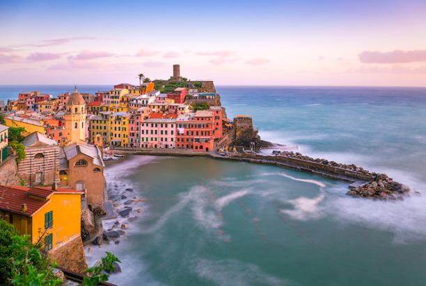 Vernazza_Cinque_Terre_Italy_5