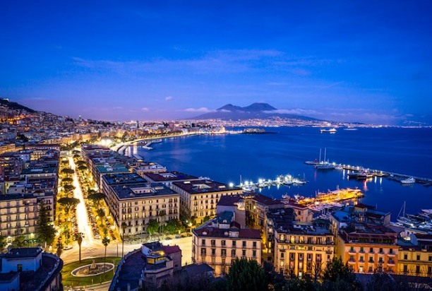 Naples_Italy_Night